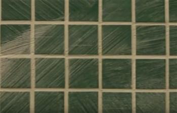 Come pulire il mosaico dallo stucco