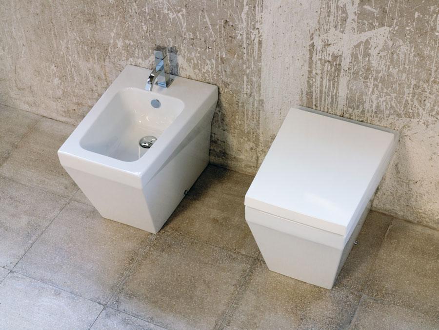 Sanitari bagno squadrati b.side