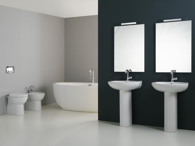 Doppio lavabo sanitari sospesi - Costo sanitari bagno completo ...