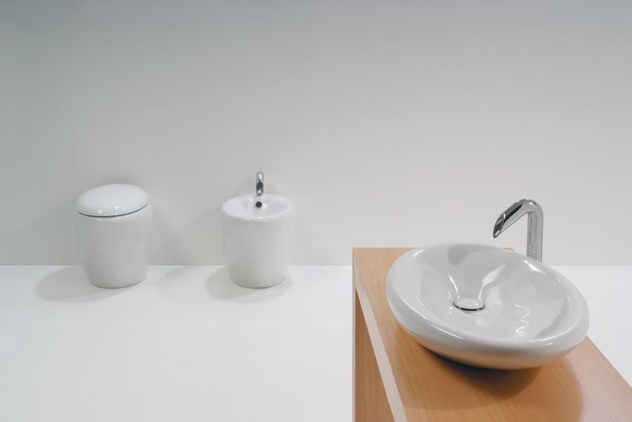 Lavabo touch appoggio sanitari a terra - Costo sanitari bagno ...