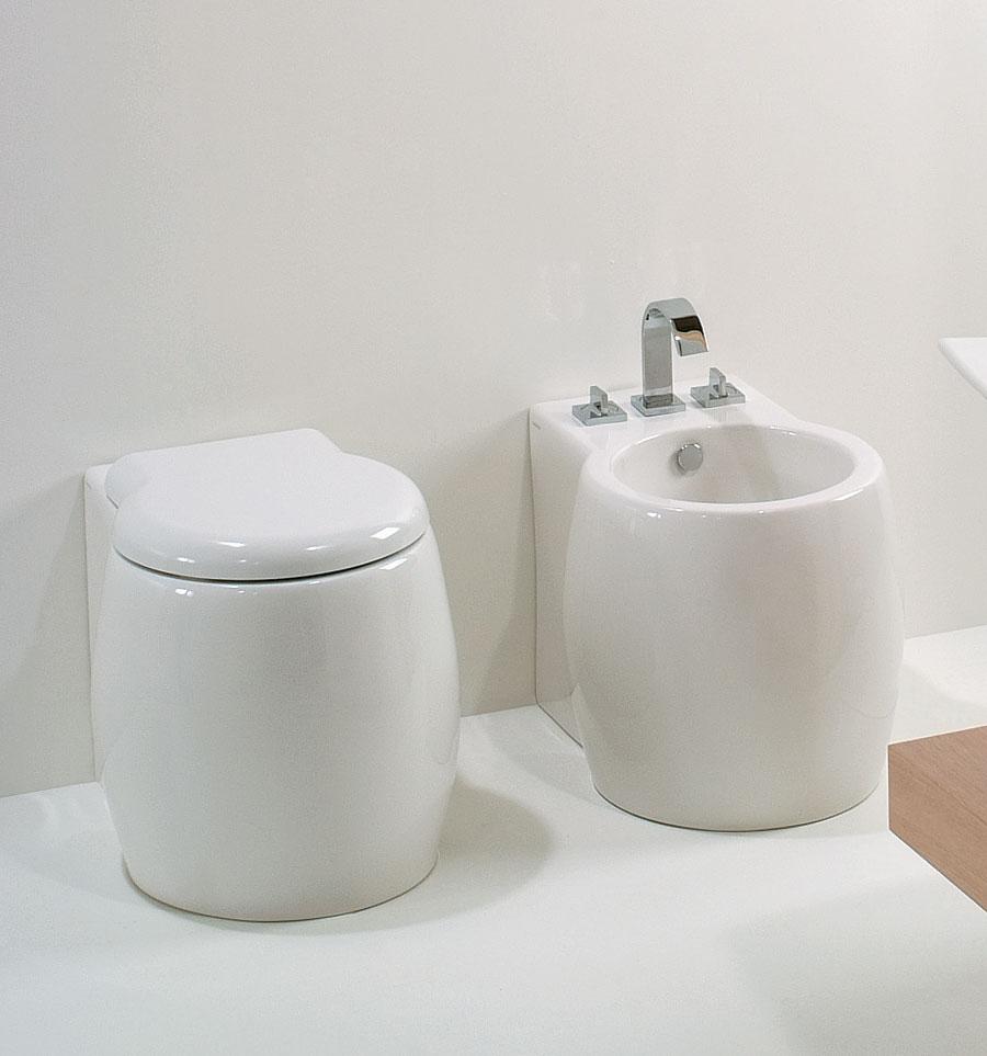 Sanitari bagno a terra filomuro tondi dunia - Misure sanitari bagno ...