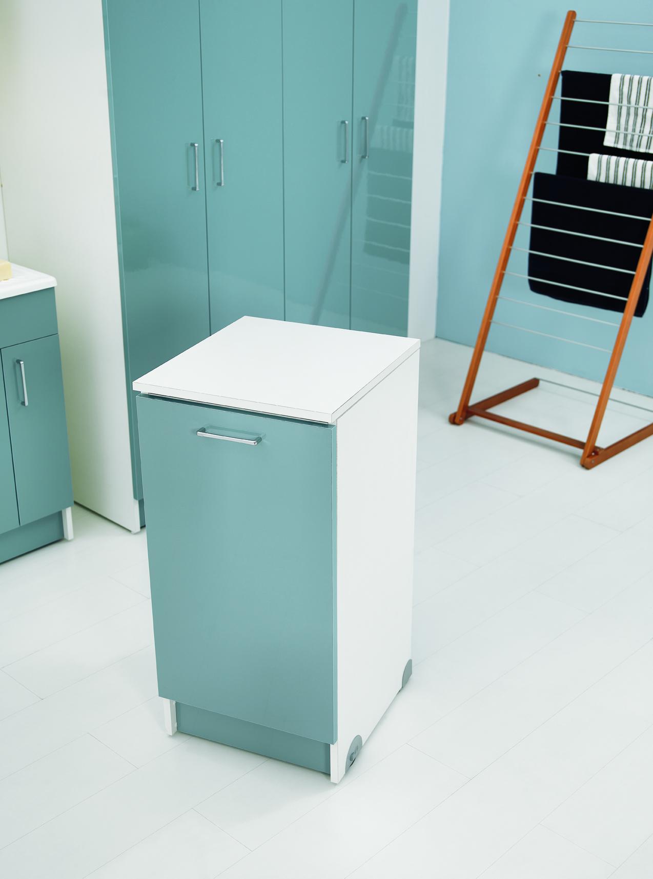Mobile A Rotelle Con Asse Da Stiro Estraibile 45x50x90 Wash # Mobiletto Cucina Color Melanzana