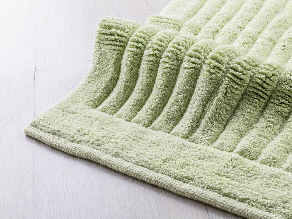 Tappeto per bagno softy verde 50x80 for Tappeti per bagno ikea
