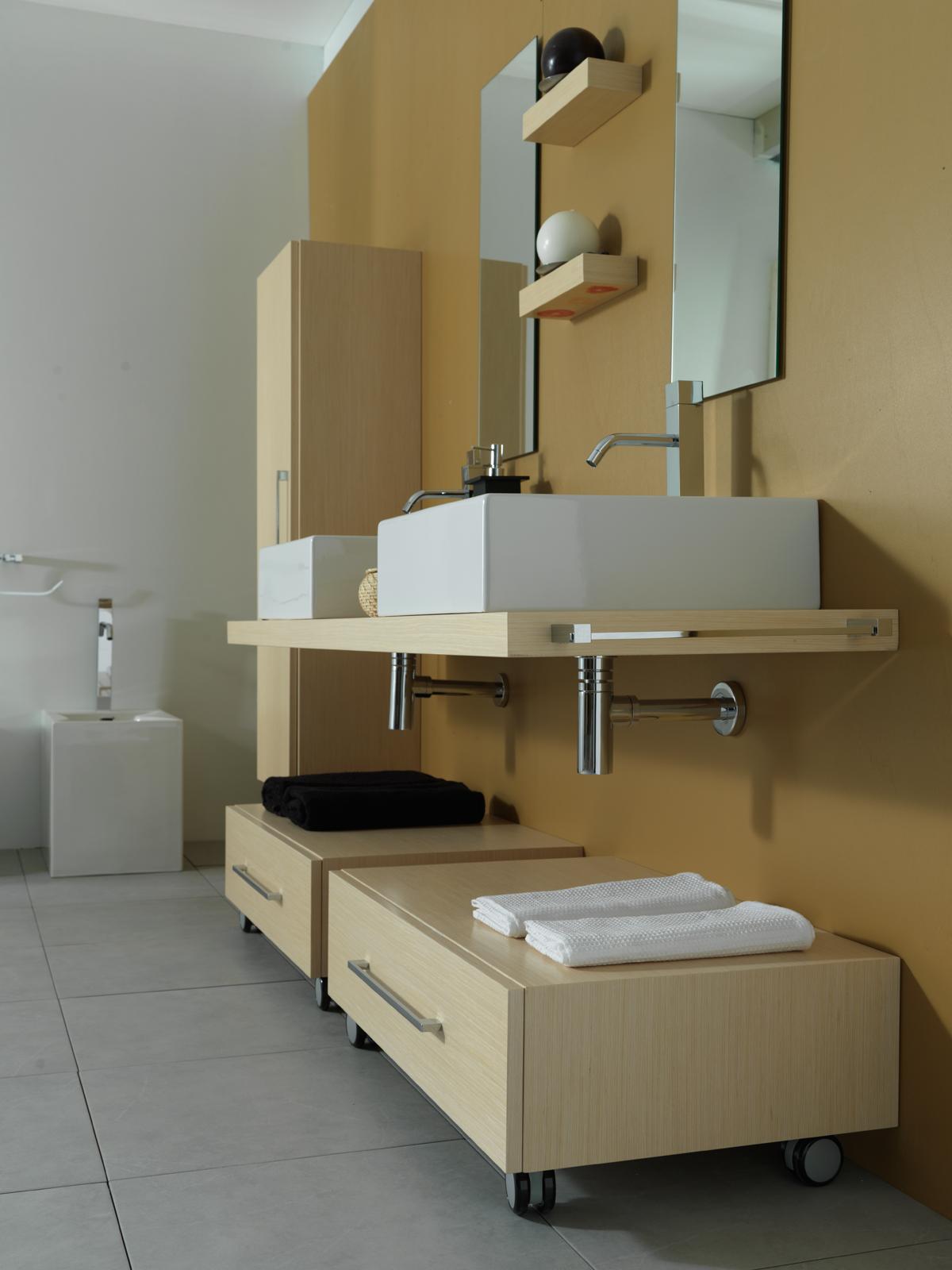 Torna alla ricerca Piano per lavabo TOP H5 cm
