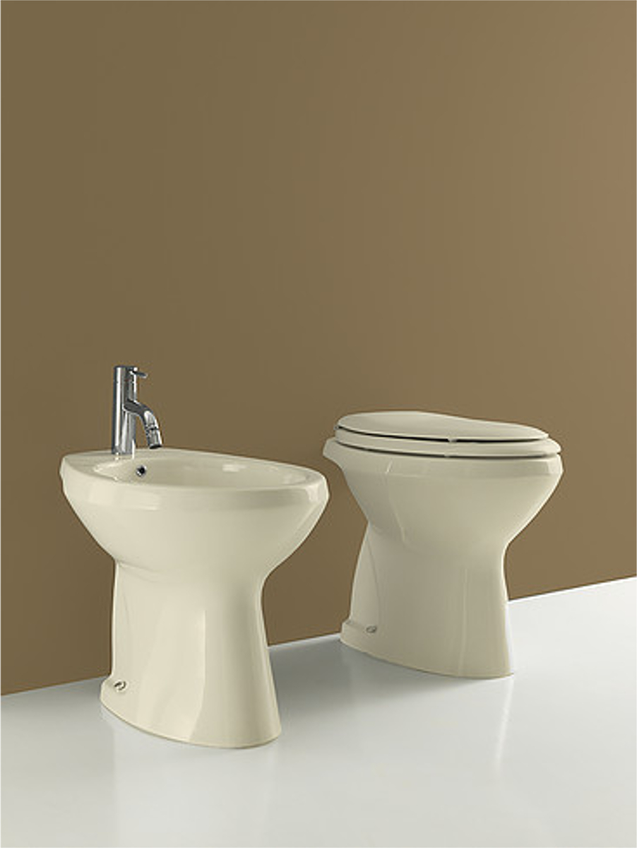 Sanitari wc e bidet insieme beautiful wc e bidet for Cerniere copriwater leroy merlin
