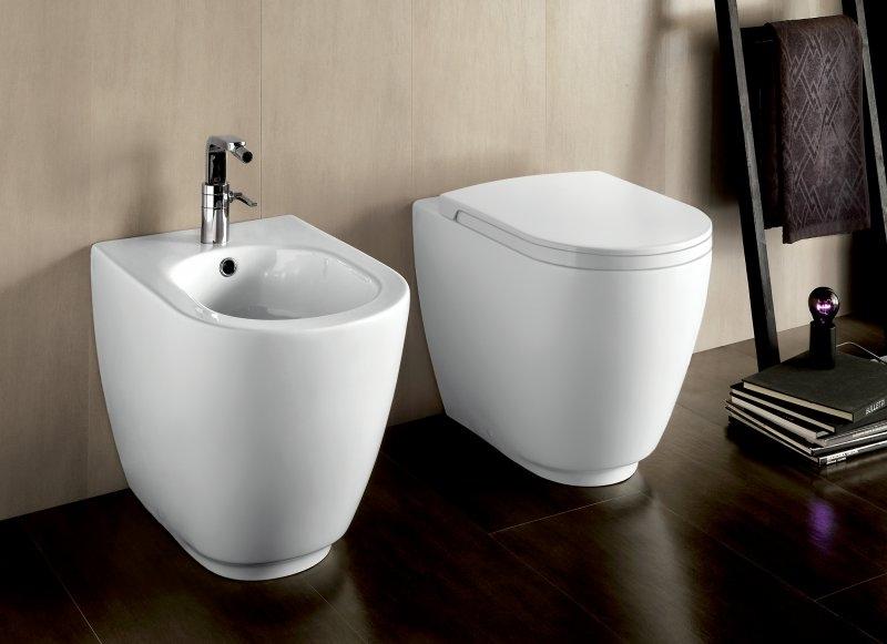 Copriwater vaso sospeso e filo muro fusion - Costo water bagno ...